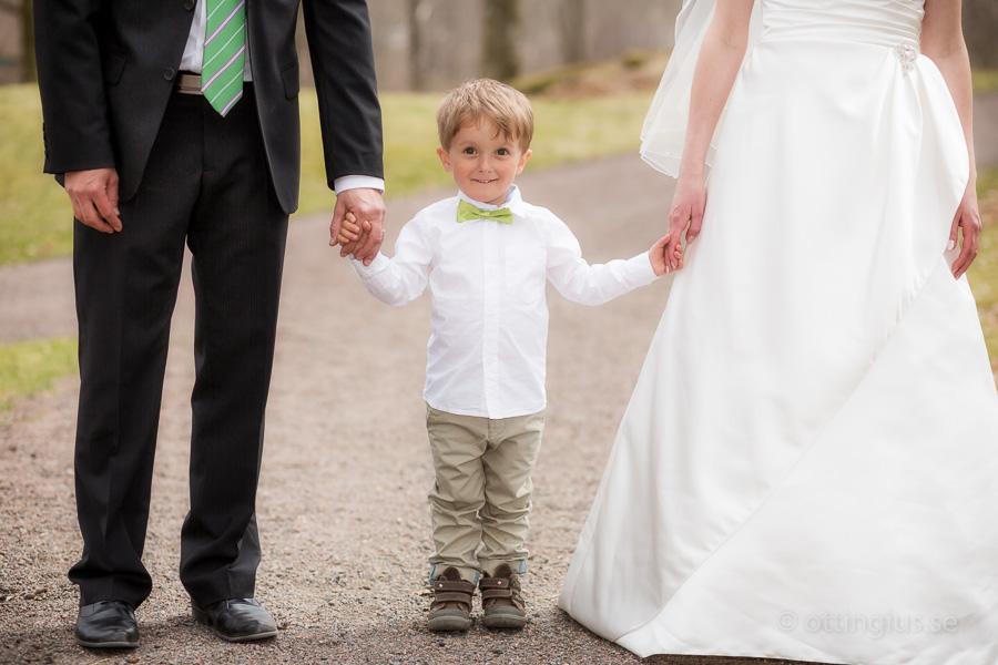 Brudparets son vill inte att brudparet ensamt skall få all uppmärksamhet