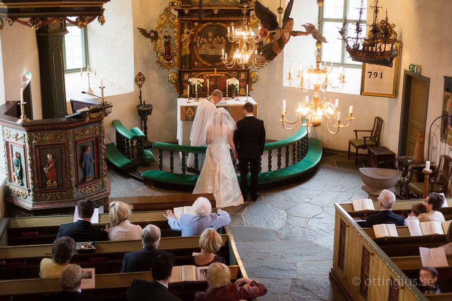 Fotografering av vigseln i Kållereds gamla kyrka